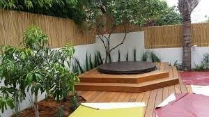 מדרגות מעץ לגקוזי