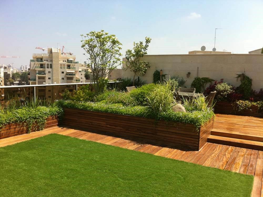 דק סינטטי ודשא סינטטי | כמה טיפים לבחירה המושלמת