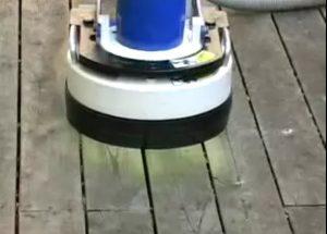 מכונת פוליש לדק